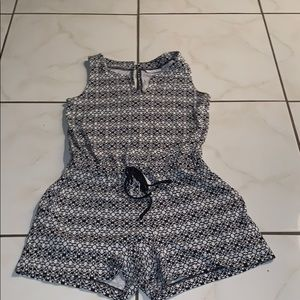 $8 NY&C Black & White Patterned Romper